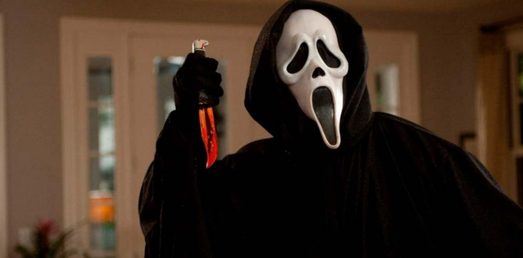 Ghostface con un cuchillo